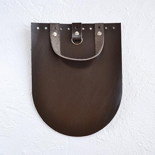 Кожаный клапан для рюкзака (тёмно-коричневый)