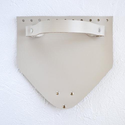 Кожаный клапан треугольный (крем)