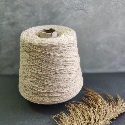 Francesca Tweed нежный персик (55% меринос, 15% шёлк, 25% полиамид)