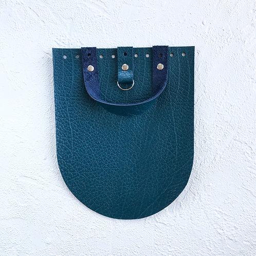 Кожаный клапан для рюкзака (текстурный петроль)