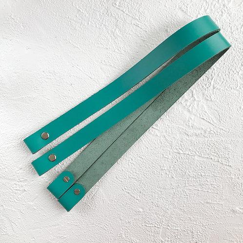Кожаные ручки на винтах 60см бирюза