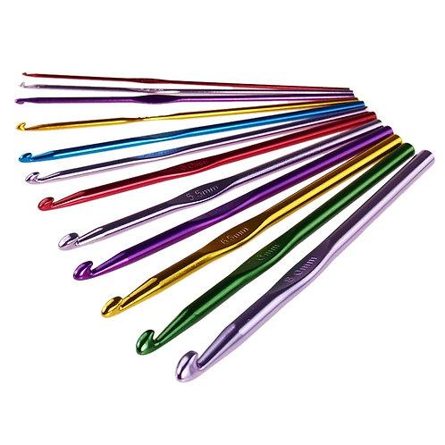 Крючок алюминиевый цветной