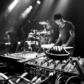 Newtone Show - Sound