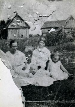 02 Makowski family in Wolyn