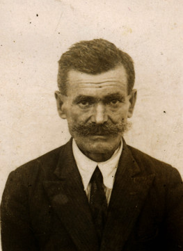 Antoni Siomkajlo (Jan's brother) remained in USSR