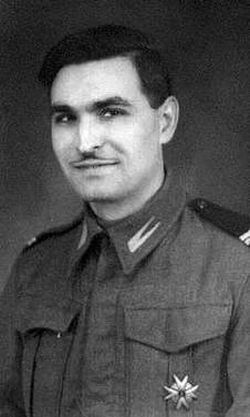 Tadeusz Siomkajlo in 1PAD in UK 1940s