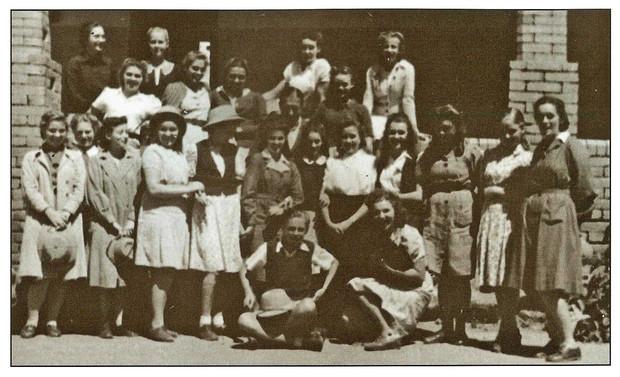 Stanislawa 1st on left with her Kidugala class 1944