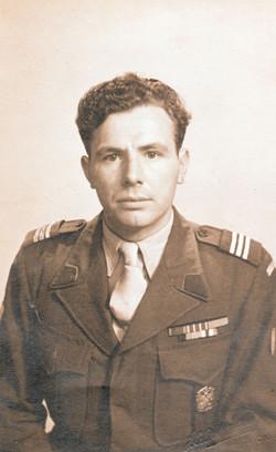 001 Italy 1945 V 20 Napoli