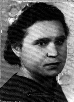 Genia Siomkajlo located in Budapest 1952