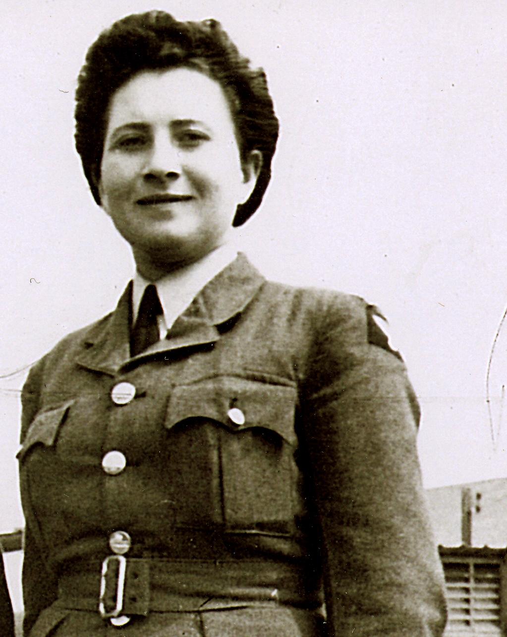 04 1945 WAAF Makowska