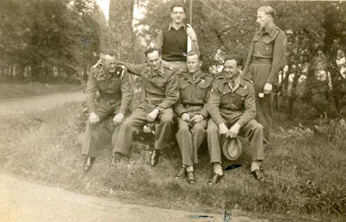 UK 1948 V 2 - last days in army