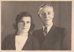 04 Julian's parents