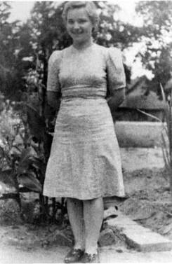 Stanislawa in Kidugala 1944
