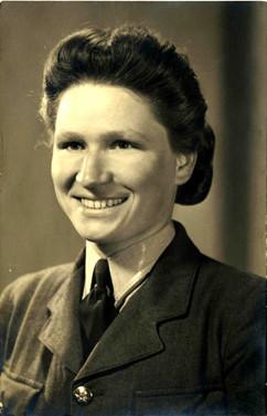 Joanna as WAAF in UK 1944