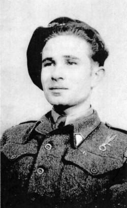34 Tadeusz KARLOWSKI brother in 2nd Corp