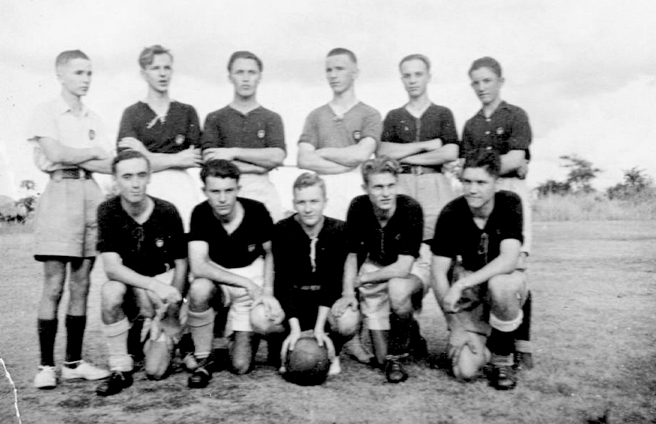 28 Masindi 1946-48