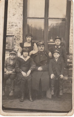 02 Family photo