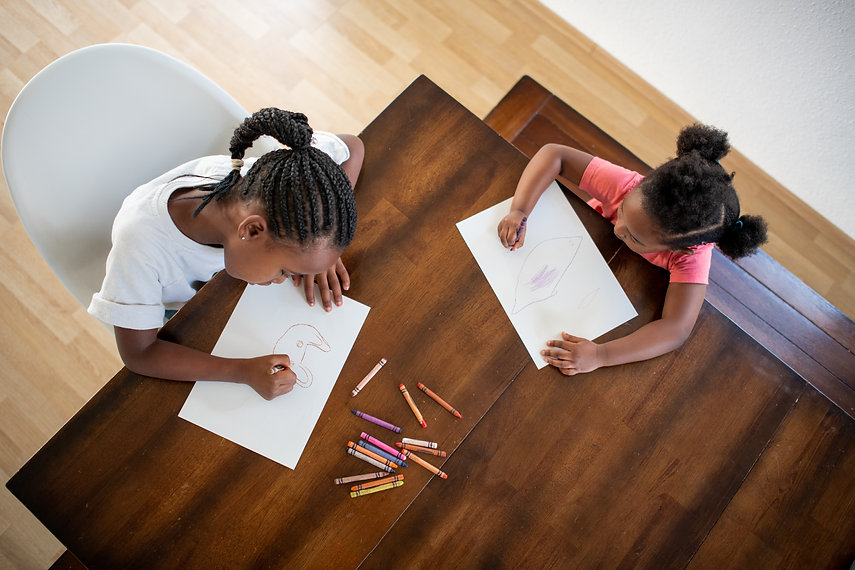 Girls coloring - 3000x2000.jpg