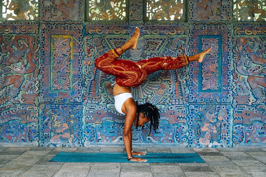 woman doing yoga - 5926x3951.jpg