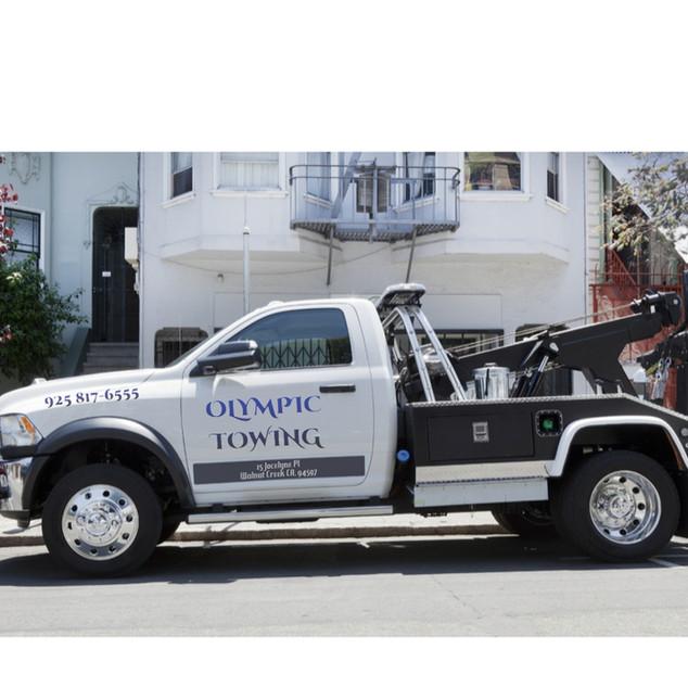 Olympic Towing Wrecker 2.001.jpg