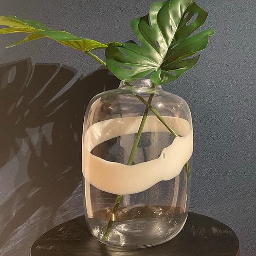 Vaas met witte design