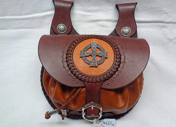 36 Escarcelle - Croix celtique sur cuir de Kangourou - 2 poches