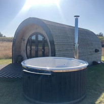 Wood Fired Hot Tub Burford Deluxe Cotswold Eco Tubs Dark & White