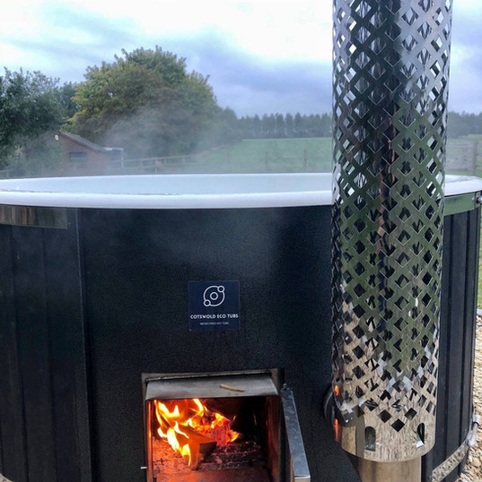 winchcombe large wood fired hot tub cotswold eco tubs