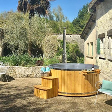 A stunning Burford Deluxe nestled in the most captivating French courtyard