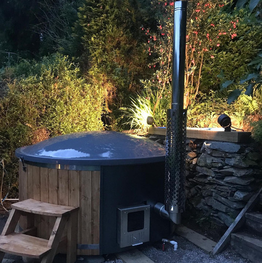 Wood Fired Hot Tub Burford Deluxe Cotswold Eco Tubs Oak & Grey