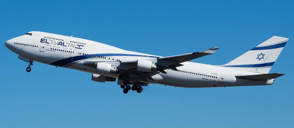'Rainha dos Céus': aeronave comemora último voo com desenho inesperado no céu