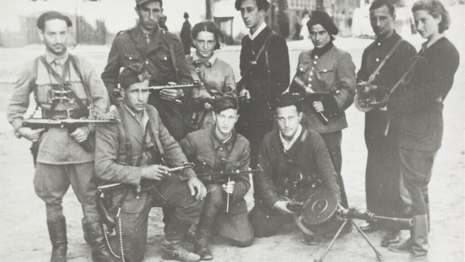 Macabeus modernos: exposição no Reino Unido destaca a resistência esquecida dos judeus aos nazistas