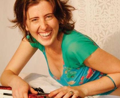 Tânia Grinberg vencedora pelo voto popular do 'Bubbe Awards'
