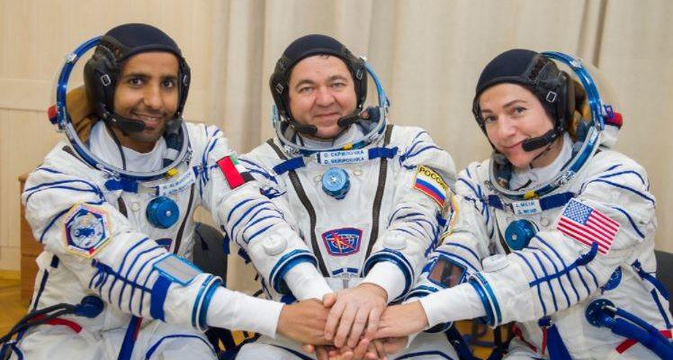 Astronautas árabes e judeus farão história juntos em missão espacial
