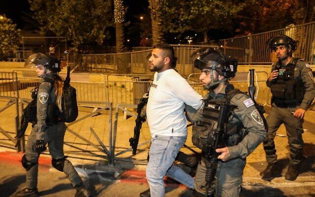 Em Jerusalém, palestinos e judeus em uma noite de raiva e ódio