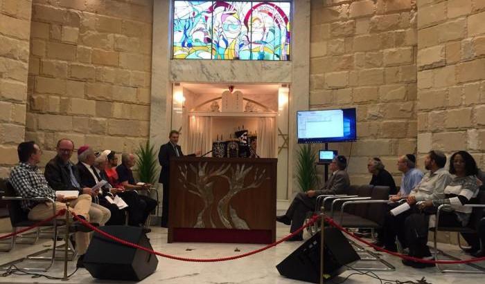 Judeus e católicos se unem para debate religioso em Porto Alegre