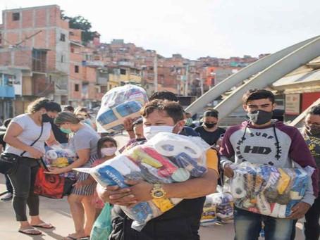 Voluntariado Einstein amplia campanha para distribuir 40 mil cestas de alimentos em Paraisópolis