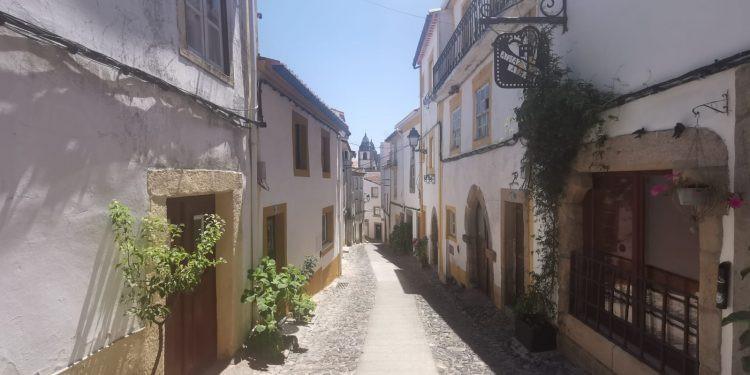 Cidade portuguesa  marca as rotas percorridas por judeus que fugiam da Inquisição