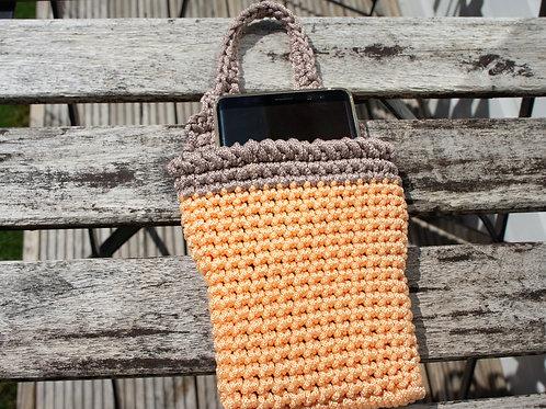 Crochet phone charging sleeve, carrier (model3)