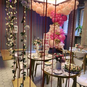 nowoczesny słodki stół
