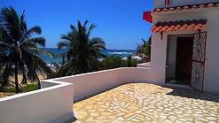 En Venta CASA frente al mar junto a Puerto Escondido; FOR SALE HOME OCEAN FRONT IN PUERTO ESCONDIDO.