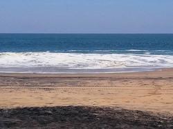 a 10 minutos CAMINANDO de esta playa