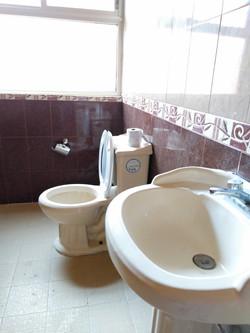 Baño Rec. 1 / BATHROOM BEDROOM 1