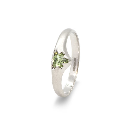"""""""Victoria"""" ring small with green sapphire"""