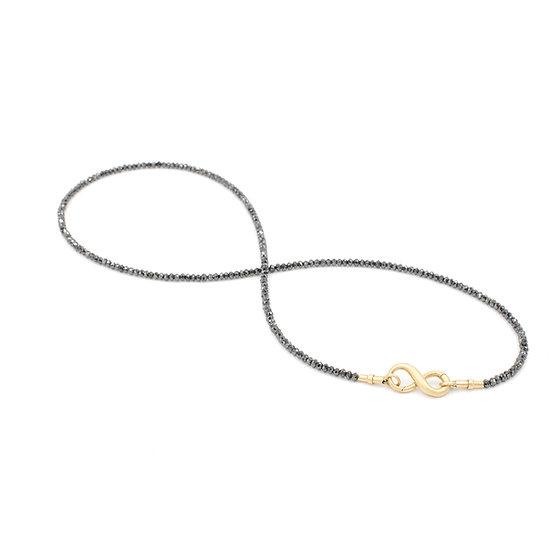 Necklace with black diamonds