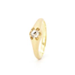 """victoria"" ring 18k gold diamondd"