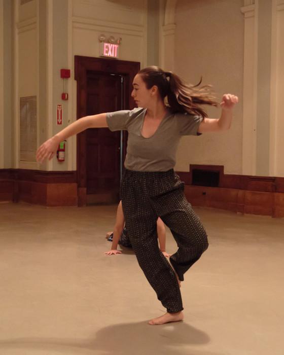 Zoe Papaeracleous, Dancer