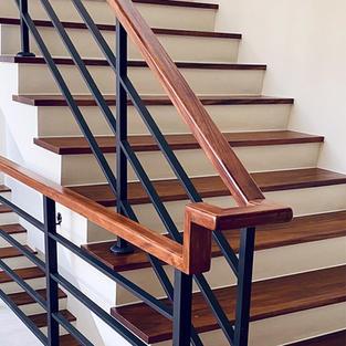 琥珀木樓梯踏板