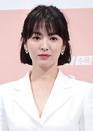Song Hye Kyo as Doctor Kang Mo-yeon