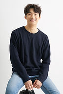 Song Geon-hee as Jeon Hwang-tae, Nok-du's older brother